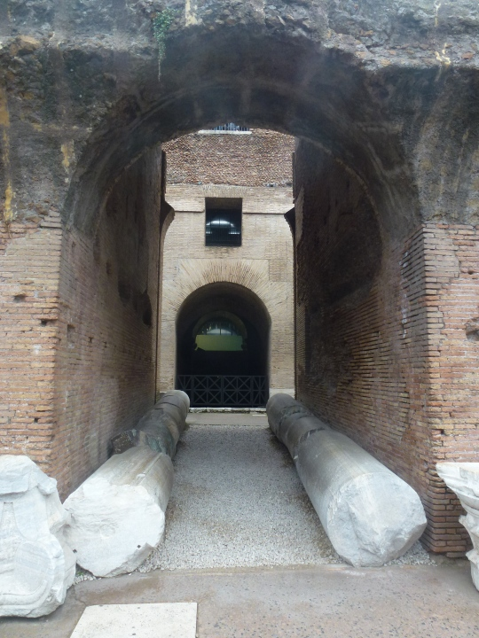 Interior Coliseo