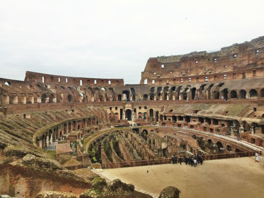 Coliseo Interior